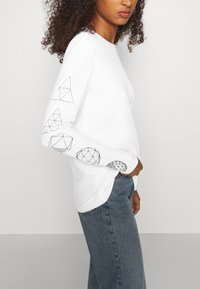 The North Face - GEODOME TEE - Langærmede T-shirts - white - 5
