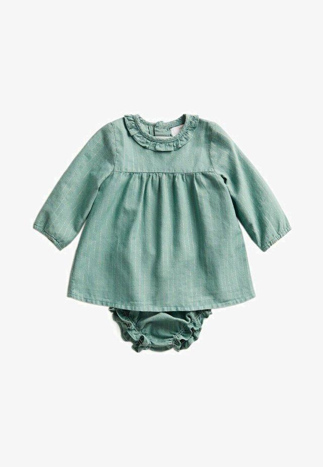 SANDRA - Robe d'été - vert menthe