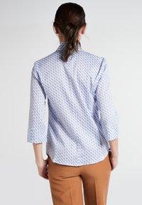 Eterna - MODERN CLASSIC - Button-down blouse - light blue/white - 1