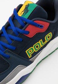 Polo Ralph Lauren - CHANING - Tenisky - navy/green/red/white - 5