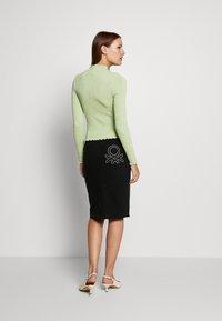 Benetton - SKIRT - Pencil skirt - black - 2
