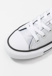 Converse - CHUCK TAYLOR ALL STAR - Sneakers basse - silver/black/white - 2