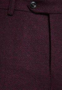 Jack & Jones PREMIUM - Suit trousers - vineyard wine - 5