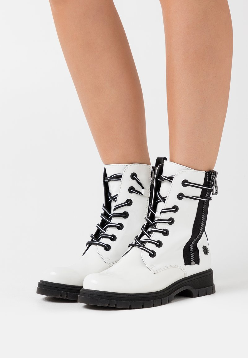 Marco Tozzi by Guido Maria Kretschmer - Lace-up ankle boots - white