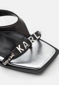 KARL LAGERFELD - PANACHE CHAIN OPEN - Klapki - black/silver - 6