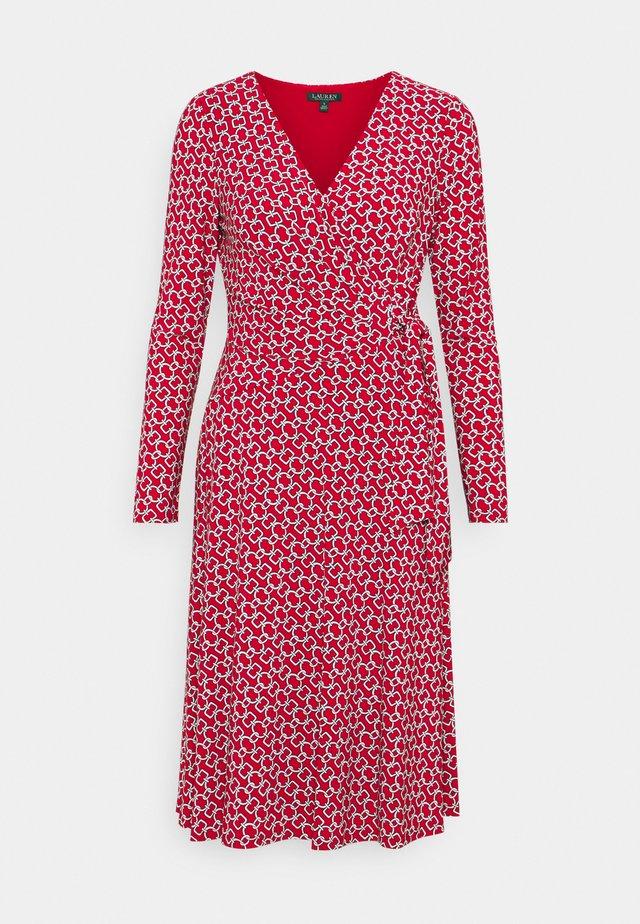 PRINTED MATTE DRESS - Jerseyjurk - orient red