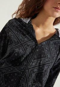 Tezenis - MIT REISSVERSCHLUSS UND TUNNELZUG - Zip-up hoodie - nero/grigio st.bandana - 2