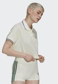 adidas Originals - TENNIS LUXE POLO ORIGINALS - Polo shirt - off white - 1