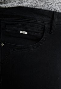 ONLY Carmakoma - CARKARLA ANKLE ZIP - Jeans Skinny Fit - black - 6