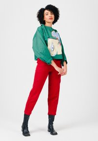 Solai - ABSTRACT FACES  - Light jacket - evergreen - 5