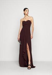 TFNC Tall - IDINA MAXI - Vestido de fiesta - dark plum - 1