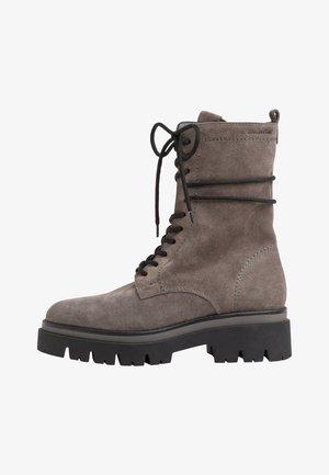 Platform ankle boots - grey suede