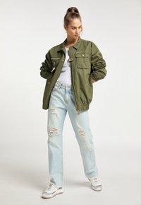 myMo - Light jacket - militär grün - 1