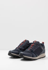The North Face - Trainers - urban navy/picante red - 2