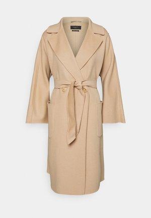 SELZ - Zimní kabát - kamel