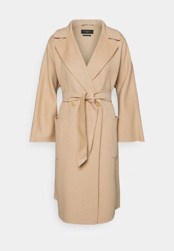 SELZ - Klassinen takki - kamel