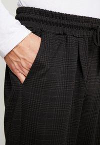 Pier One - SMART JOGGER - Tracksuit bottoms - black - 5