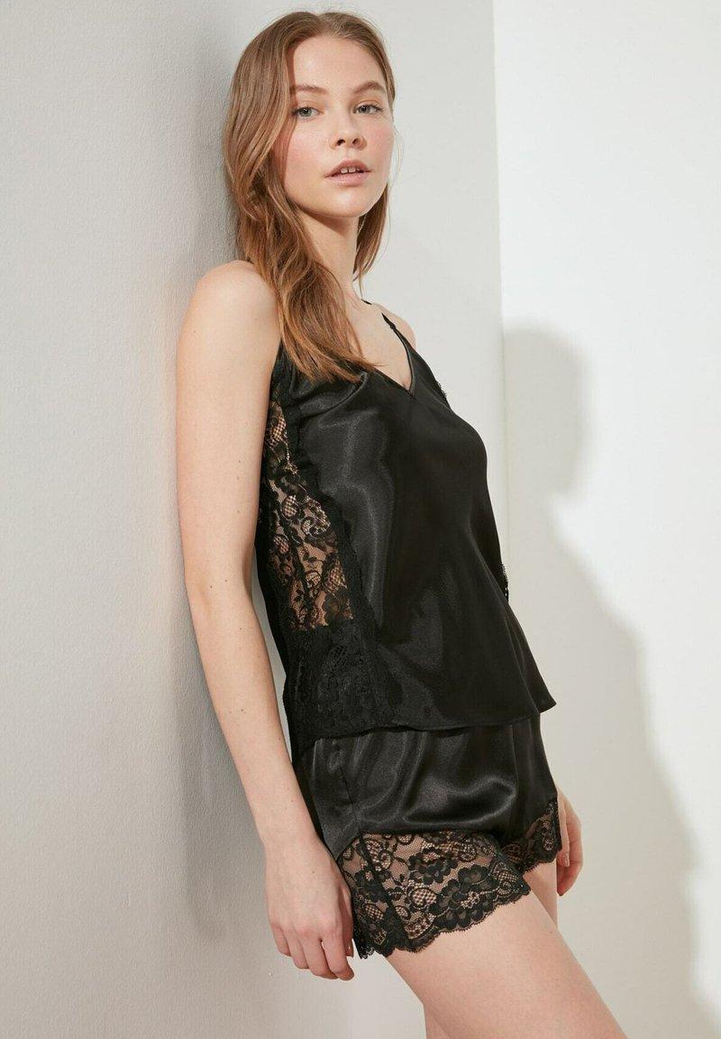 Trendyol - Pyjama - black