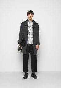Paul Smith - GENTS ROLL NECK ARCHIVE LOGO PRINT - Long sleeved top - white/black - 1
