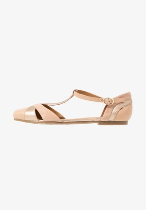 LEATHER BALLERINAS - Ankle strap ballet pumps - nude