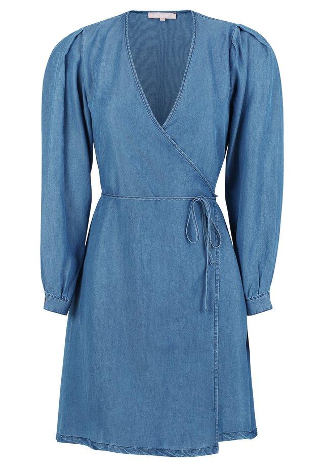 Sukienka jeansowa - 220 mid blue