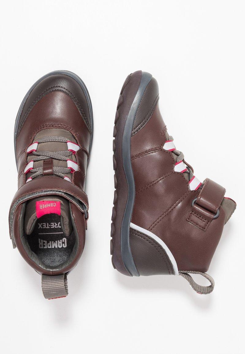 Camper - PEU PISTA KIDS - Kotníkové boty - brown