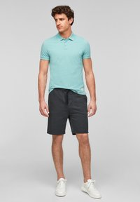 QS by s.Oliver - Shorts - black heringbone - 1