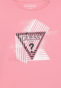 Guess - JUNIOR - Long sleeved top - pop gum pink - 2
