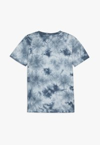 Cotton On - THE UPSIDE SHORT SLEEVE TEE - Print T-shirt - white/blue - 1