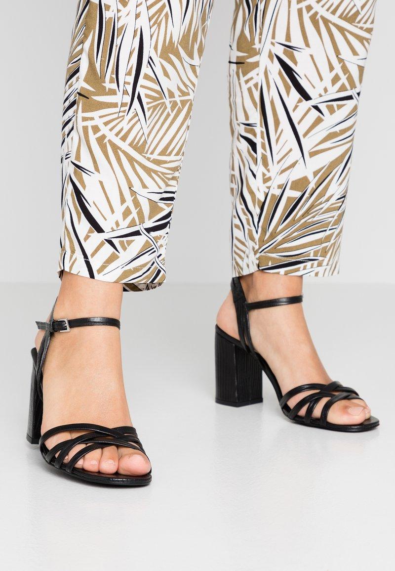 KIOMI Wide Fit - Sandals - black
