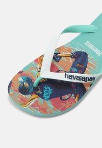 Havaianas - FORTNITE UNISEX - Pool shoes - green dew - 6