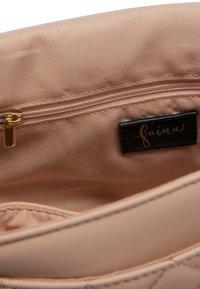 faina - Across body bag - nude - 5