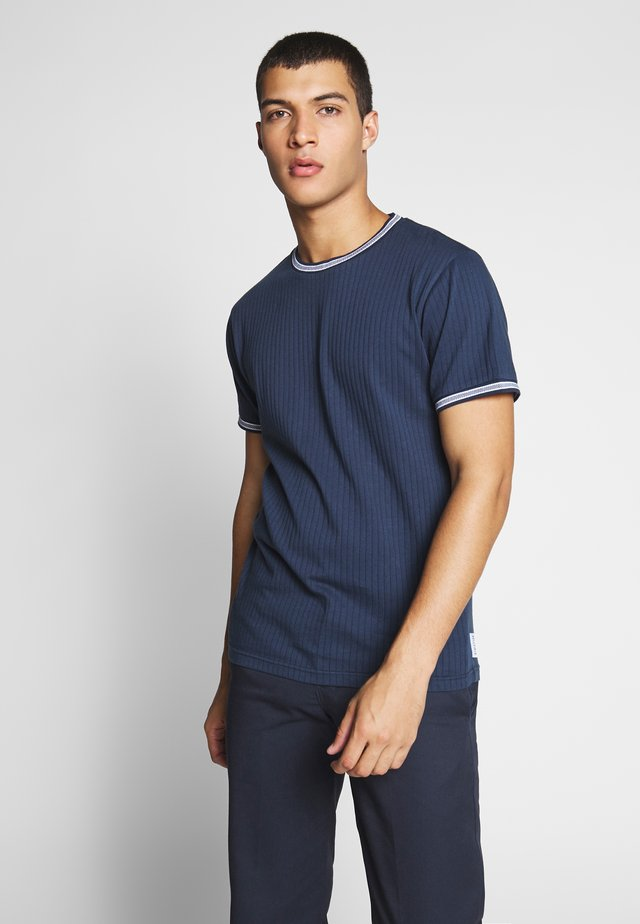 TIPPED CREW - T-shirts med print - navy