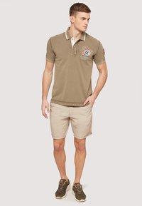 Napapijri - GANDY - Polo shirt - khaki - 1