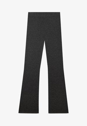 MIT SCHLAG - Pantalon classique - black