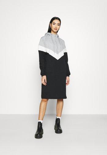 NMMELINA DRESS