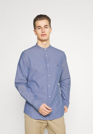 SLIM BRUSHED BAND COLLAR - Vapaa-ajan kauluspaita - college blue