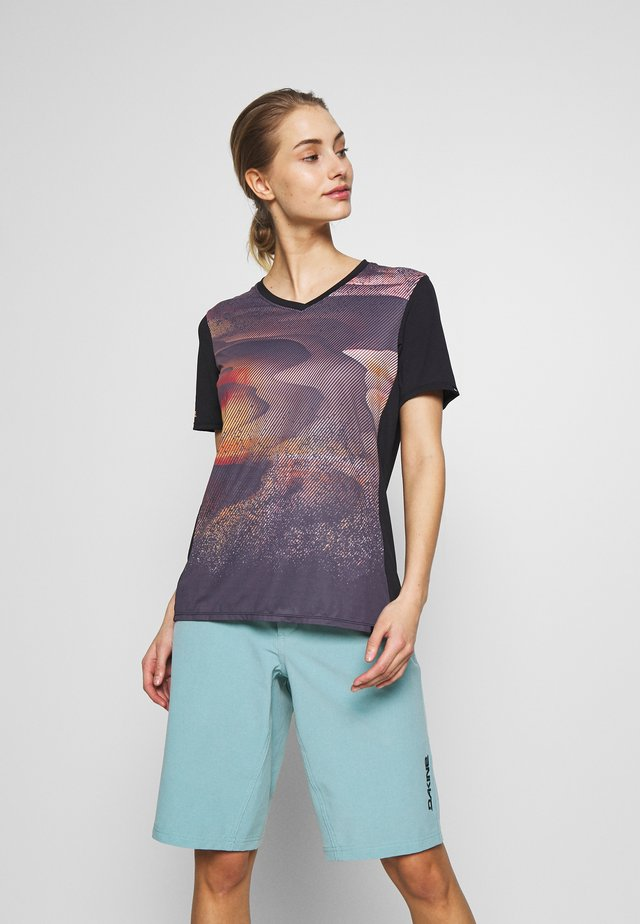 CADENCE  - T-shirts print - electric dune