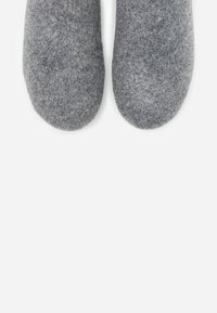 FitFlop - CHRISSIE  - Slippers - steel grey - 5