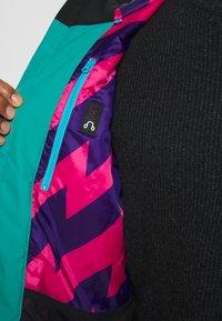 OOSC - YEH MAN JACKET  - Ski jacket - green/black - 5