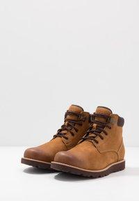 UGG - SETON - Lace-up ankle boots - chestnut - 2