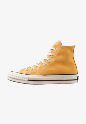 CHUCK TAYLOR ALL STAR '70 HI  - Korkeavartiset tennarit - sunflower/black/egret