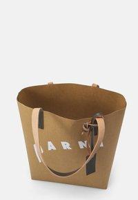 Marni - SHOPPING BAG - Velká kabelka - cement/natural white/thyme - 2