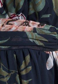 Vero Moda - VMKATNISS MAXI DRESS  - Maxi dress - navy blazer - 6