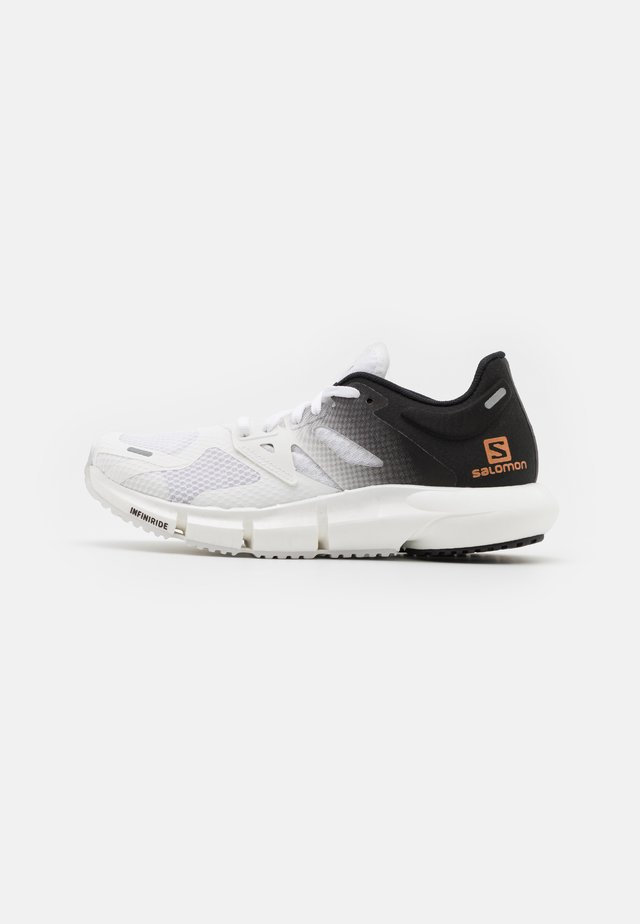 PREDICT2  - Outdoorschoenen - white/black