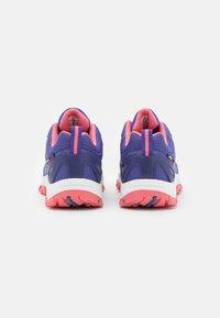 TrollKids - KIDS RONDANE LOW UNISEX - Hiking shoes - dark purple/coral rose - 2