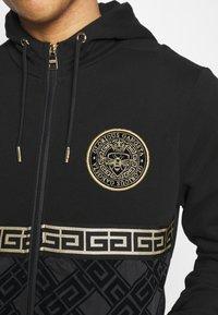 Glorious Gangsta - SINTOS HOOD - Zip-up hoodie - black/gold - 3