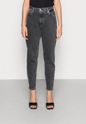 MOM JEAN - Slim fit jeans - grey