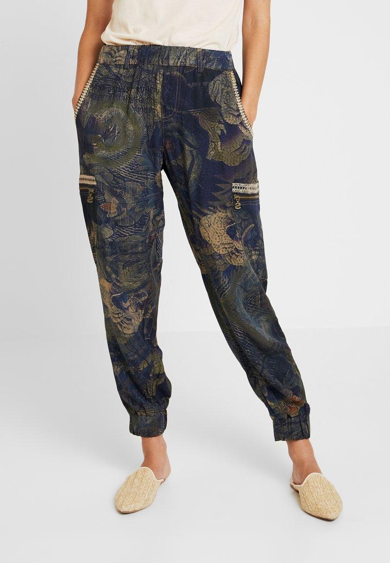 Desigual - PANT YANIN - Spodnie materiałowe - marino