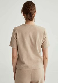 DeFacto - Basic T-shirt - light brown - 2